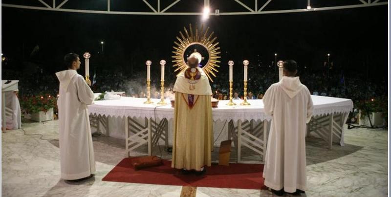peregrinacion-medjugorje-2011-adoracion